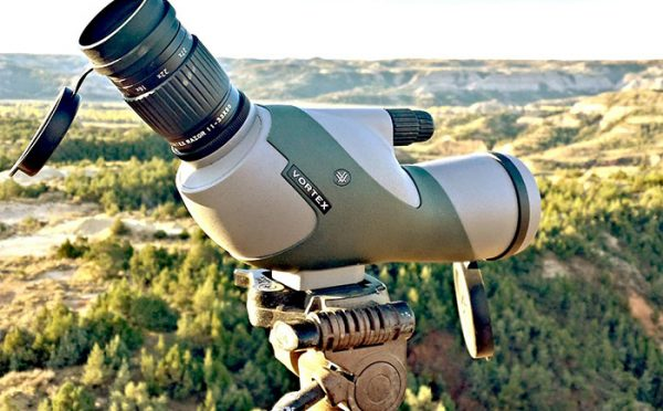 Best Spotting Scope for 1000 Yards – 5 Top Rated Versatile Spotters
